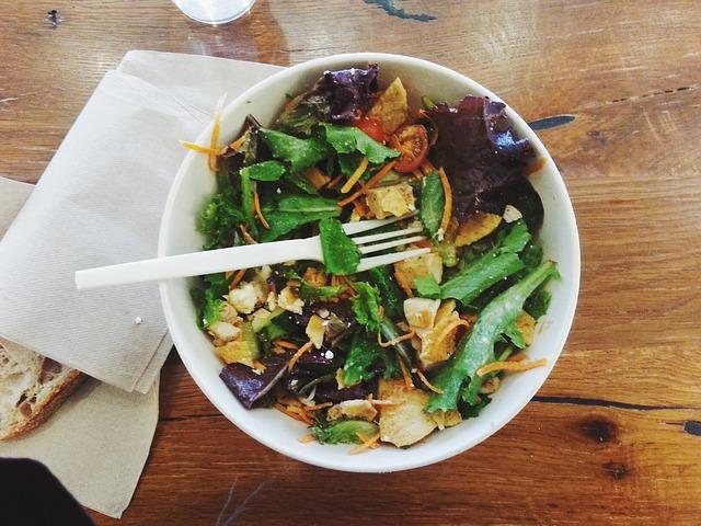 salad-926670_640
